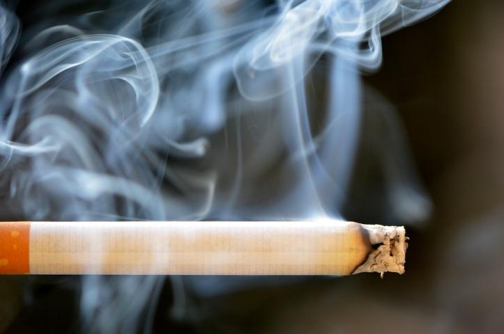 cigarette-666937_960_720
